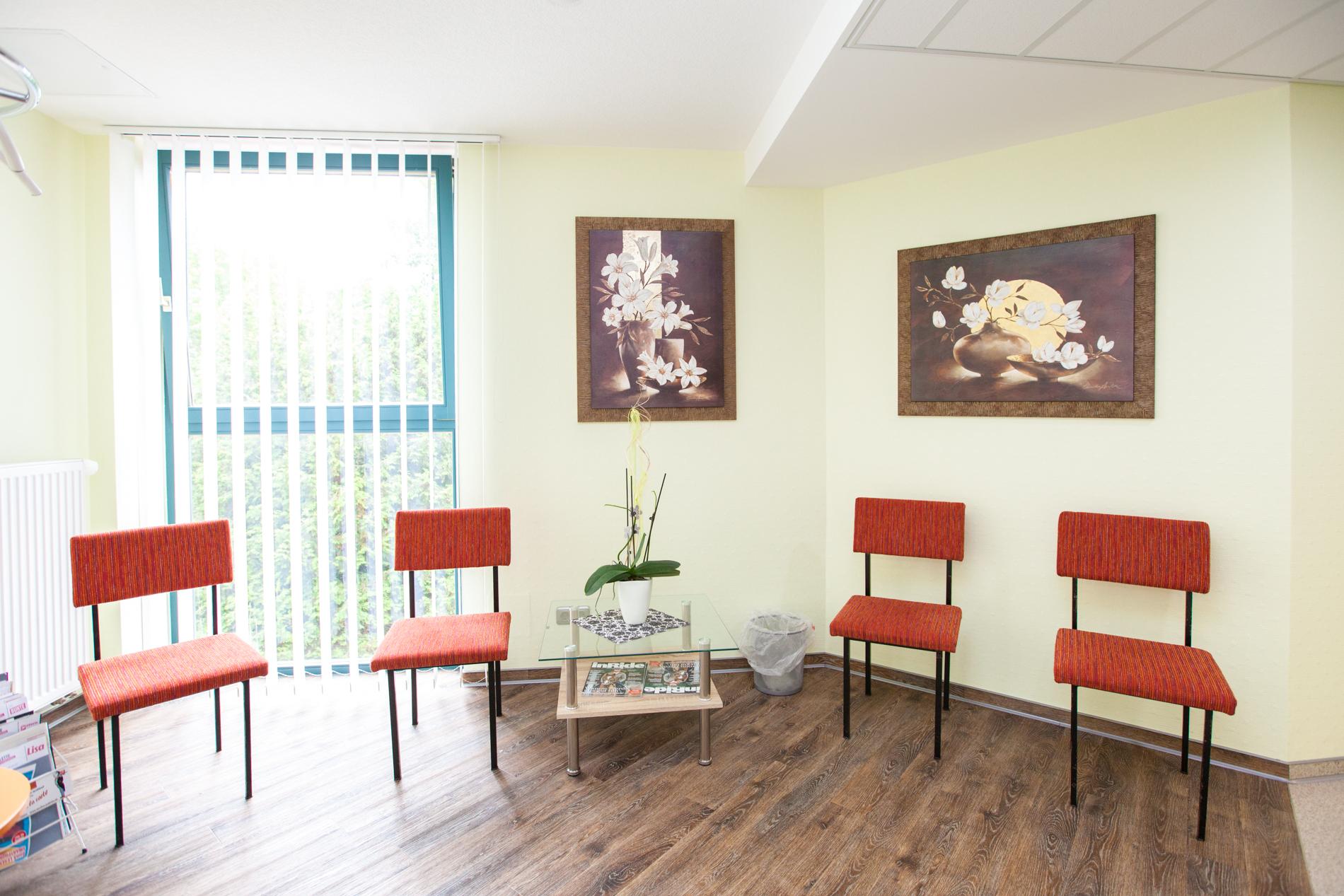 Wartebereich - Praxis Dr. Fabich Weißensee
